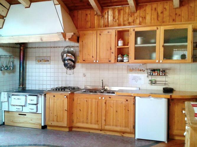 baita cucina val di Cembra