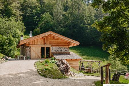 baita Trentino isolata per vacanze holiday
